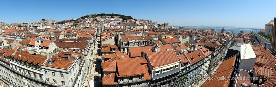 Panoramic view from the top of Santa Justa